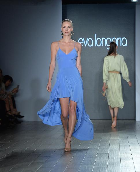 Collection「Eva Longoria Collection - Runway - September 2017 - New York Fashion Week: Style360」:写真・画像(17)[壁紙.com]