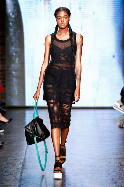 Cropped Pants「DKNY Women's - Runway - Mercedes-Benz Fashion Week Spring 2015」:写真・画像(3)[壁紙.com]