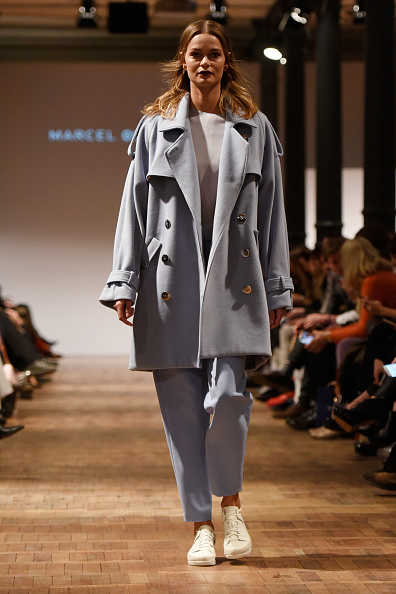Double Breasted「Marcel Ostertag Show - Mercedes-Benz Fashion Week Berlin Autumn/Winter 2016」:写真・画像(17)[壁紙.com]