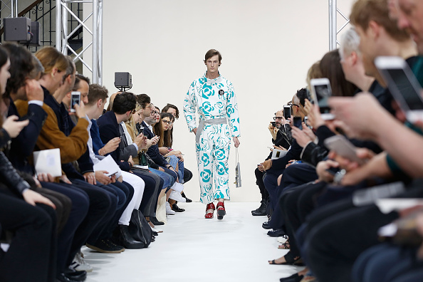 Tristan Fewings「J.W.Anderson - Runway - London Collections Men SS16」:写真・画像(19)[壁紙.com]