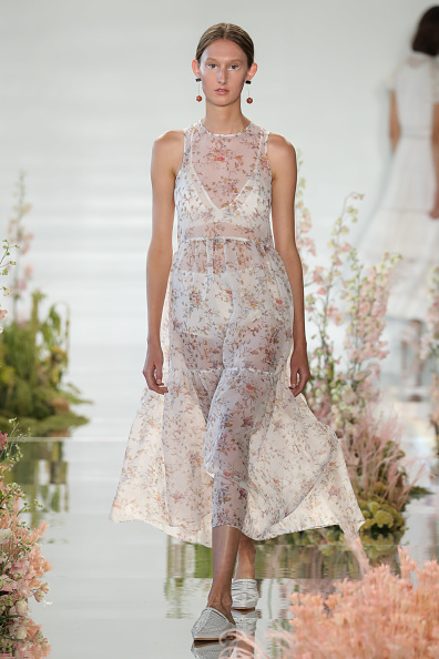 Panties「Ulla Johnson - Runway - September 2017 - New York Fashion Week」:写真・画像(7)[壁紙.com]