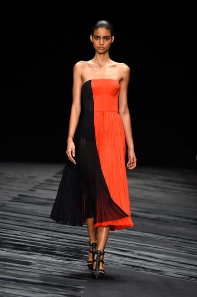 Black Shoe「J. Mendel - Runway - Mercedes-Benz Fashion Week Spring 2015」:写真・画像(9)[壁紙.com]