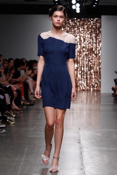 Two-Toned Dress「Tocca - Runway - Mercedes-Benz Fashion Week Spring 2014」:写真・画像(18)[壁紙.com]