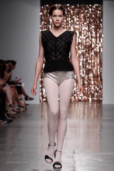 Panties「Tocca - Runway - Mercedes-Benz Fashion Week Spring 2014」:写真・画像(4)[壁紙.com]