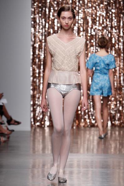 Silver Shoe「Tocca - Runway - Mercedes-Benz Fashion Week Spring 2014」:写真・画像(12)[壁紙.com]
