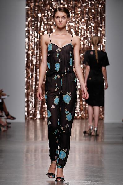 Black Shoe「Tocca - Runway - Mercedes-Benz Fashion Week Spring 2014」:写真・画像(14)[壁紙.com]