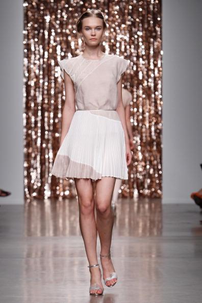 A-Line「Tocca - Runway - Mercedes-Benz Fashion Week Spring 2014」:写真・画像(9)[壁紙.com]