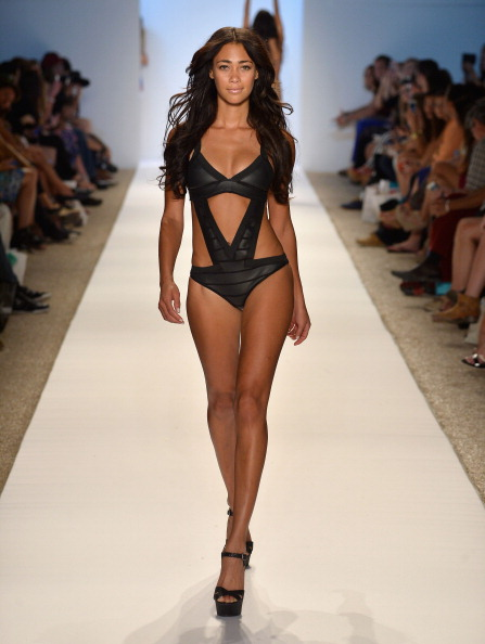 Peep Toe「Anna Kosturova/Beach Riot/Lolli Swim/Manglar/Indah At Mercedes-Benz Fashion Week Swim 2014 - Runway」:写真・画像(7)[壁紙.com]