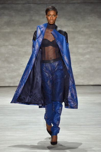 Blue Pants「Mercedes-Benz Fashion Week Fall 2014 - Official Coverage - Best Of Runway Day 4」:写真・画像(1)[壁紙.com]
