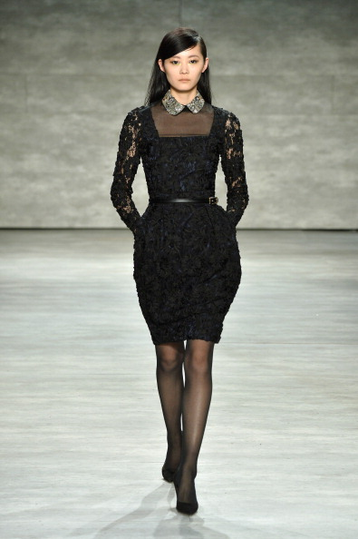 Lace - Textile「David Tlale - Runway - Mercedes-Benz Fashion Week Fall 2014」:写真・画像(11)[壁紙.com]