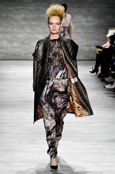Ready To Wear「David Tlale - Runway - Mercedes-Benz Fashion Week Fall 2015」:写真・画像(16)[壁紙.com]