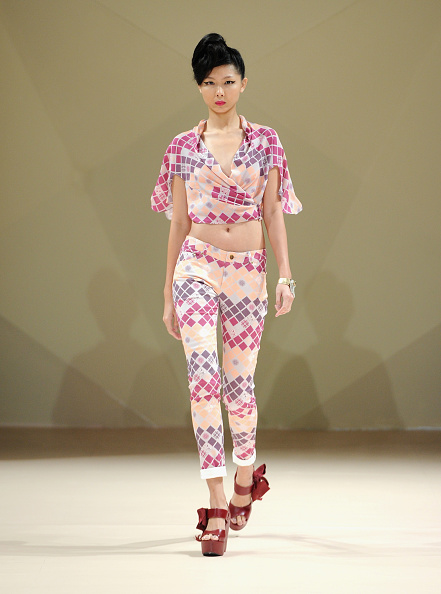 Madinat Jumeirah Hotel「Asudari - Runway - Fashion Forward Dubai October 2014」:写真・画像(4)[壁紙.com]
