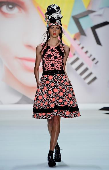 Skylight Studios「Desigual - Runway - Spring 2016 New York Fashion Week: The Shows」:写真・画像(18)[壁紙.com]