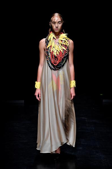 Bead「MiiN by Kadir Kilic - Runway - Mercedes-Benz Fashion Week Istanbul - September 2017」:写真・画像(14)[壁紙.com]