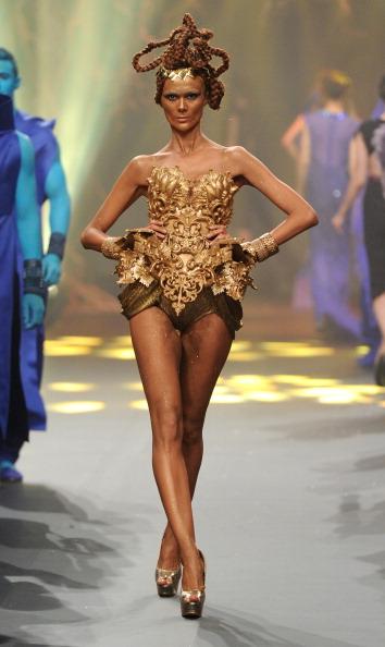Amato Haute Couture「Amato By Furne One - Runway - Fashion Forward Dubai April 2014」:写真・画像(10)[壁紙.com]