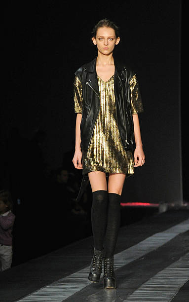 Roberto Cavalli - Milan Fashion Week Womenswear Spring/Summer 2012:ニュース(壁紙.com)