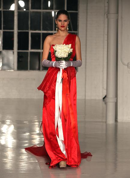 Paul Zimmerman「Negris Lebrum - Runway - Fall 2012 Mercedes-Benz Fashion Week」:写真・画像(5)[壁紙.com]