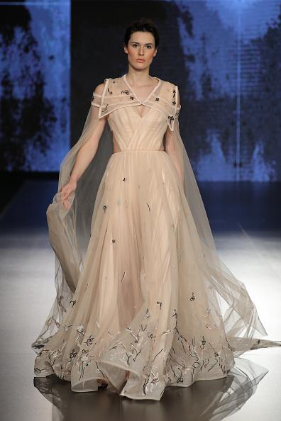 Cream Colored「Jordan Fashion Week 019 - Mais Al Fatleh」:写真・画像(11)[壁紙.com]