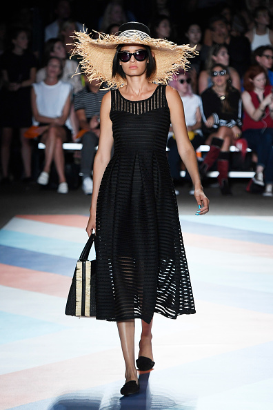 Straw Hat「Christian Siriano - Runway - September 2016 - New York Fashion Week: The Shows」:写真・画像(2)[壁紙.com]