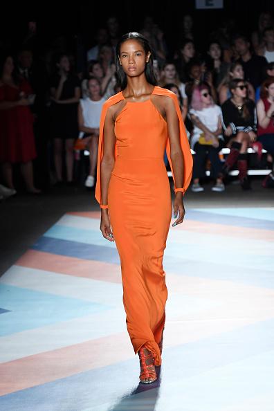 Orange Shoe「Christian Siriano - Runway - September 2016 - New York Fashion Week: The Shows」:写真・画像(8)[壁紙.com]