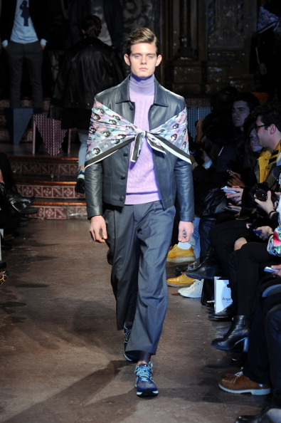 Leather Jacket「Ricardo Seco - Runway - Mercedes-Benz Fashion Week Fall 2014」:写真・画像(4)[壁紙.com]