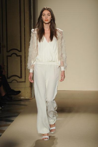 Incidental People「Cristiano Burani - Runway - Milan Fashion Week Womenswear Spring/Summer 2014」:写真・画像(7)[壁紙.com]
