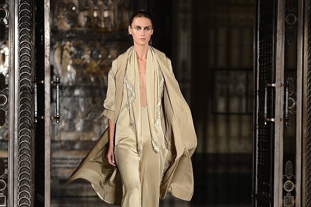 Zeynep Tosun - Runway: London Fashion Week SS14:ニュース(壁紙.com)