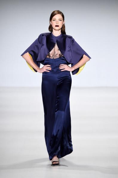 Open Toe「Deola Sagoe / Clan - Runway - Mercedes-Benz Fashion Week Spring 2015」:写真・画像(16)[壁紙.com]