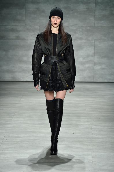 Long Sleeved「Skingraft - Runway - Mercedes-Benz Fashion Week Fall 2014」:写真・画像(3)[壁紙.com]