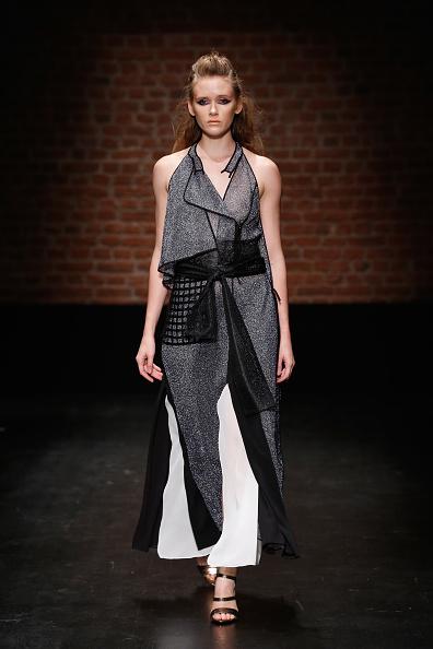 Tristan Fewings「Belma Ozdemir - Runway - Mercedes-Benz Fashion Week Istanbul - October 2016」:写真・画像(9)[壁紙.com]