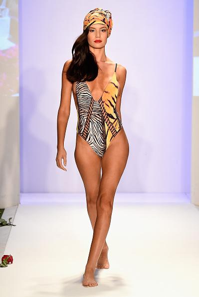 Mercedes-Benz Fashion Week - Miami Swim「San Lorenzo Bikinis 2017 Collections at SwimMiami - Runway」:写真・画像(17)[壁紙.com]