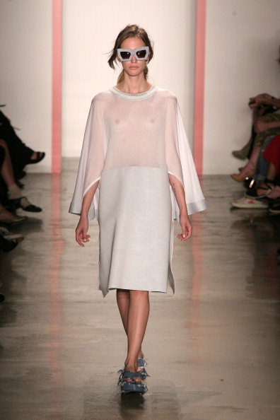 Focus On Foreground「Phase 2 Parsons And MFA Fashion Designer Runway Show - Runway - MADE Fashion Week Spring 2014」:写真・画像(18)[壁紙.com]