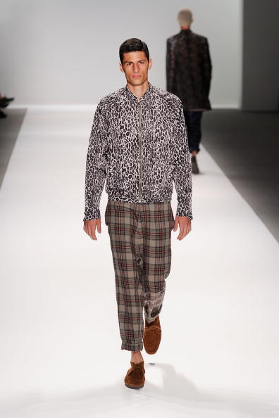 Frazer Harrison「MBFW Spring 2011 - Official Coverage - Runway Day 2」:写真・画像(9)[壁紙.com]
