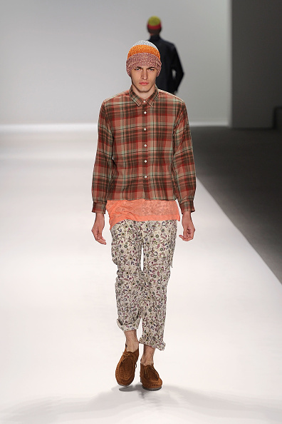 Frazer Harrison「MBFW Spring 2011 - Official Coverage - Runway Day 2」:写真・画像(11)[壁紙.com]