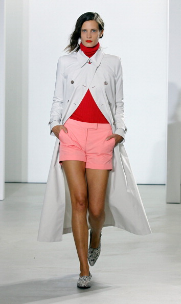 Metallic Shoe「Creatures Of The Wind - Runway - Mercedes-Benz Fashion Week Spring 2014」:写真・画像(19)[壁紙.com]