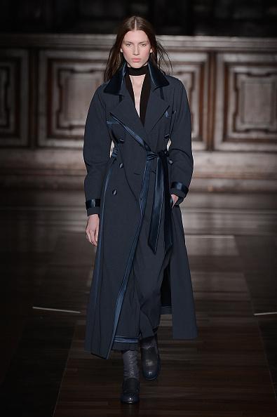 Black Coat「Milan Schoen - Runway & Close-ups - MFW FW2015」:写真・画像(8)[壁紙.com]