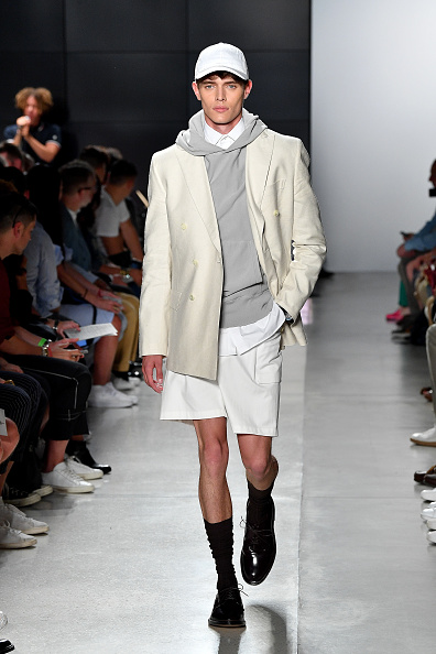 Bermuda Shorts「Todd Snyder - Runway - NYFW: Men's July 2017」:写真・画像(5)[壁紙.com]