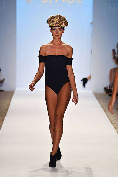 L*Space By Monica Wise - Mercedes-Benz Fashion Week Swim 2014 - Runway:ニュース(壁紙.com)