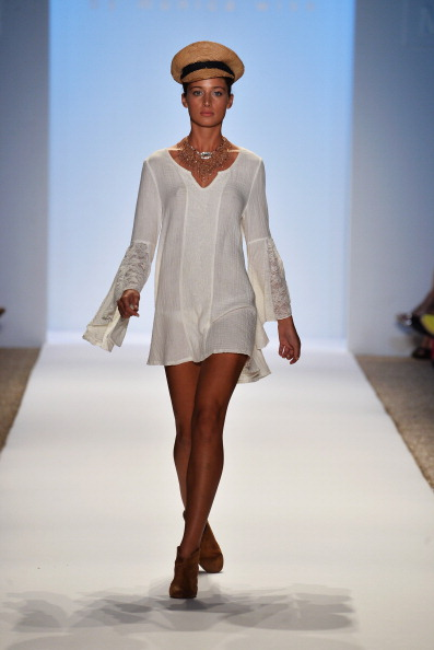 Front View「L*Space By Monica Wise - Mercedes-Benz Fashion Week Swim 2014 - Runway」:写真・画像(17)[壁紙.com]