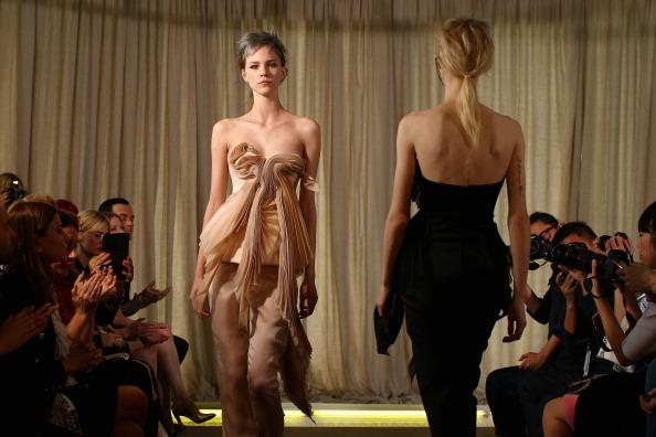 Dining Room「Ellery - Runway - Mercedes-Benz Fashion Week Australia 2014」:写真・画像(12)[壁紙.com]