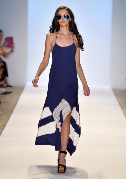 Sunglasses「A.Che Swimwear/Aguaclara Swimwear/Aquarella Swimwear/Caitlin Kelly Swimwear At Mercedes-Benz Fashion Week Swim 2014- Runway」:写真・画像(6)[壁紙.com]