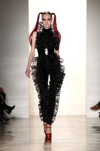 Dario Cantatore「Jeremy Scott - Runway - Fall 2011 Mercedes-Benz Fashion Week」:写真・画像(5)[壁紙.com]
