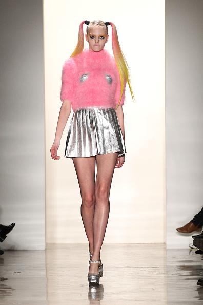 Dario Cantatore「Jeremy Scott - Runway - Fall 2011 Mercedes-Benz Fashion Week」:写真・画像(4)[壁紙.com]