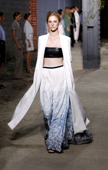Spring Collection「Boy And Girl By Band Of Outsiders - Runway - Spring 2012 Mercedes-Benz Fashion Week」:写真・画像(19)[壁紙.com]