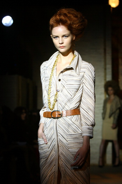 Spring Collection「Douglas Hannant - Runway - Spring 2012 Mercedes-Benz Fashion Week」:写真・画像(11)[壁紙.com]