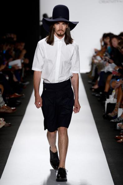Fernanda Calfat「The Art Institutes - Runway - Mercedes-Benz Fashion Week Spring 2015」:写真・画像(1)[壁紙.com]