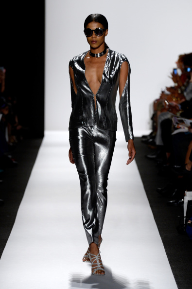 Fernanda Calfat「The Art Institutes - Runway - Mercedes-Benz Fashion Week Spring 2015」:写真・画像(14)[壁紙.com]