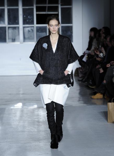 Black Boot「Zero + Maria Cornejo - Runway - Mercedes-Benz Fashion Week Fall 2014」:写真・画像(13)[壁紙.com]