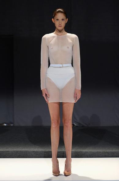 透明「Mathieu Mirano - Runway - Mercedes-Benz Fashion Week Spring 2014」:写真・画像(4)[壁紙.com]