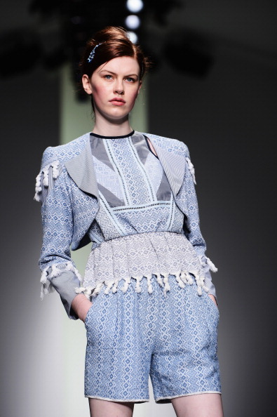 Blue Jacket「Bora Aksu - Runway: London Fashion Week SS14」:写真・画像(15)[壁紙.com]